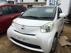 沖縄の中古車 トヨタ iQ 車両価格 30万円 リ済込 平成21年 8.6万K ホワイトパールクリスタルシャイン
