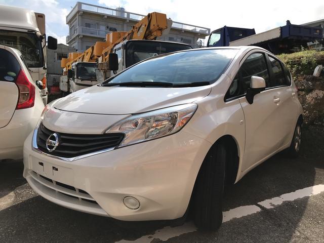 沖縄の中古車 日産 ノート 車両価格 53万円 リ済込 平成26年 6.2万km ホワイト