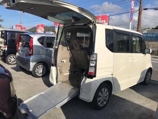 沖縄の中古車 ホンダ N-BOX+ 車両価格 49万円 リ済込 2013(平成25)年 10.1万km ホワイト