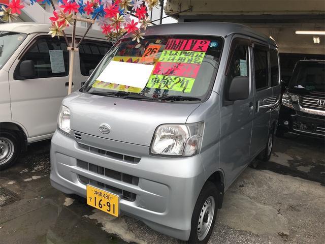 沖縄の中古車 ダイハツ ハイゼットカーゴ 車両価格 48万円 リ済込 2014(平成26)年 9.4万km シルバー