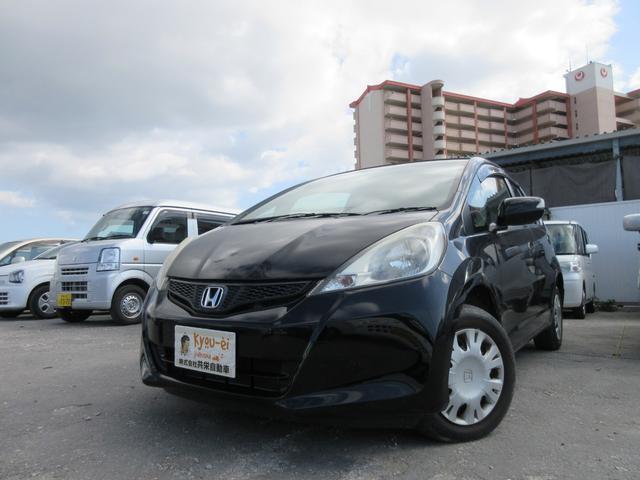 沖縄の中古車 ホンダ フィット 車両価格 48万円 リ済込 2013(平成25)年 8.6万km ブラック