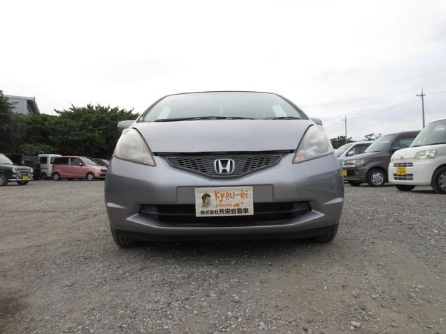 沖縄の中古車 ホンダ フィット 車両価格 32万円 リ済込 2009(平成21)年 6.6万km シルバー
