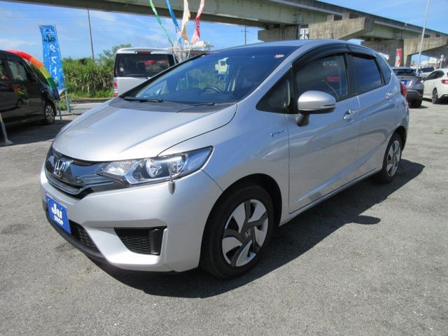 沖縄県豊見城市の中古車ならフィットハイブリッド Lパッケージ ナビ/Bluetooth/バックカメラ付