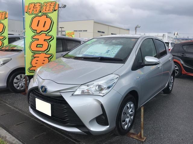 沖縄の中古車 トヨタ ヴィッツ 車両価格 158万円 リ済別 平成29年 1.6万km シルバー