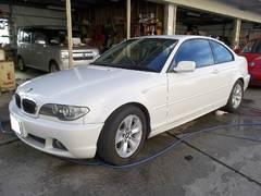 沖縄の中古車 BMW BMW 車両価格 40万円 リ済別 2005年 9.5万K パールホワイト