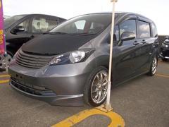 沖縄の中古車 ホンダ フリード 車両価格 57万円 リ済込 平成22年 6.8万K グレー