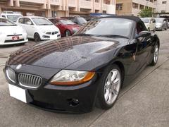 沖縄の中古車 BMW BMW Z4 車両価格 55万円 リ済込 2004年 13.6万K ブラック