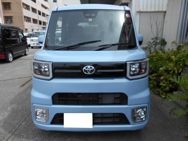 沖縄県の中古車ならピクシスメガ L SAIII