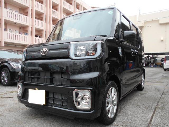 沖縄県豊見城市の中古車ならピクシスメガ L SAIII