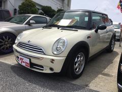沖縄の中古車 MINI MINI 車両価格 59万円 リ済込 2005年 7.2万K クリーム