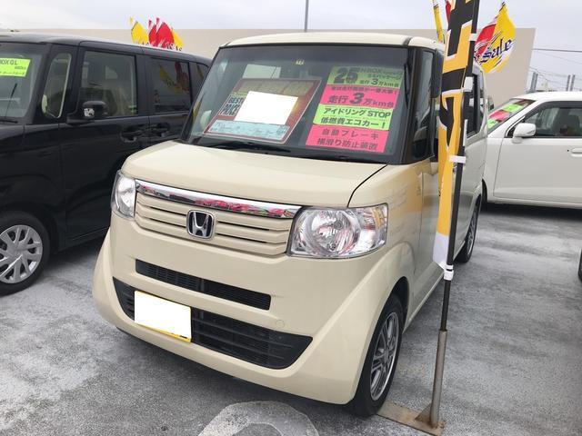 沖縄の中古車 ホンダ N-BOX 車両価格 88万円 リ済別 平成25年 3.8万km ヒダマリアイボリーパール