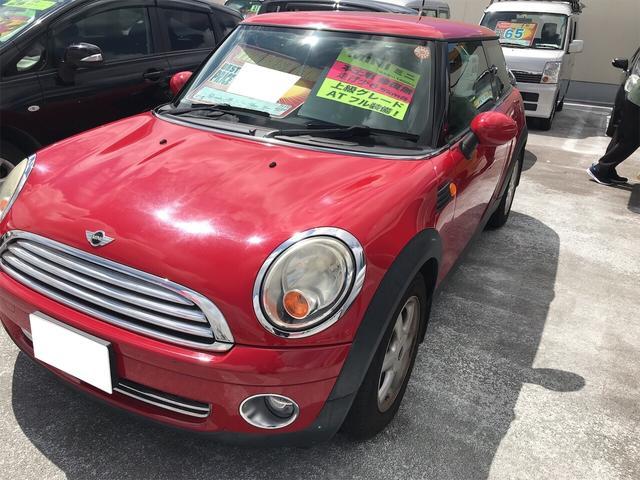 沖縄の中古車 MINI MINI 車両価格 65万円 リ済別 2007(平成19)年 6.7万km レッド