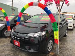 沖縄の中古車 ホンダ フィット 車両価格 94万円 リ済込 平成27年 7.3万K ブラック