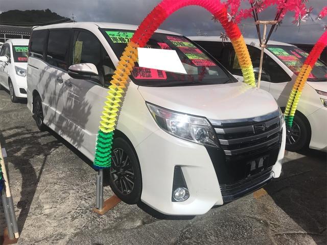 沖縄県豊見城市の中古車ならノア Si 衝突被害軽減装置 LEDランプ Bカメ エアロ ABS アイドリングストップ ナビTV
