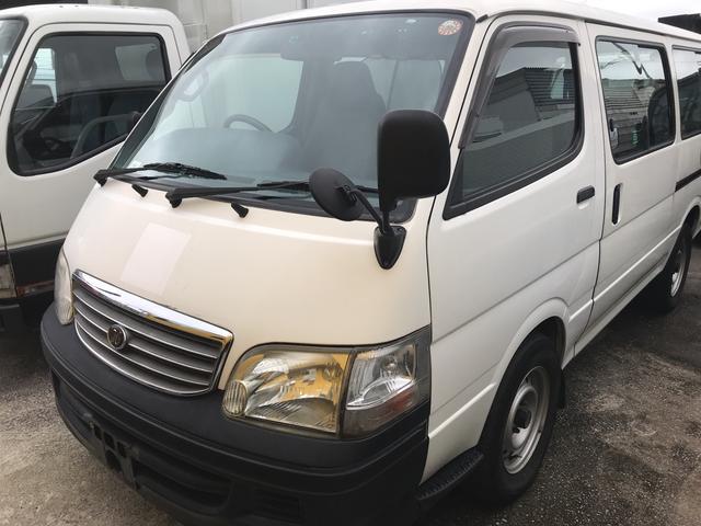 沖縄の中古車 トヨタ ハイエースワゴン 車両価格 110万円 リ済込 平成15年 10.2万km ホワイト