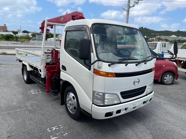 沖縄の中古車 日野 デュトロ 車両価格 209万円 リ済込 2001(平成13)年 15.2万km ホワイト