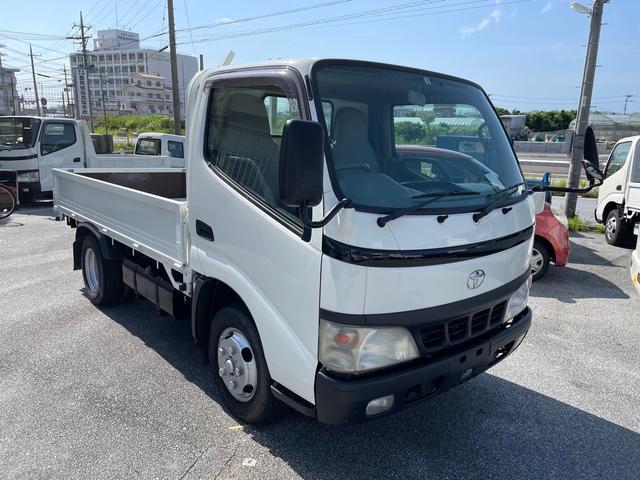 沖縄の中古車 トヨタ ダイナトラック 車両価格 112万円 リ済込 2004(平成16)年 14.4万km ホワイト