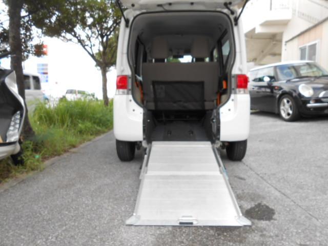 沖縄県の中古車ならタント 福祉車両スローパー