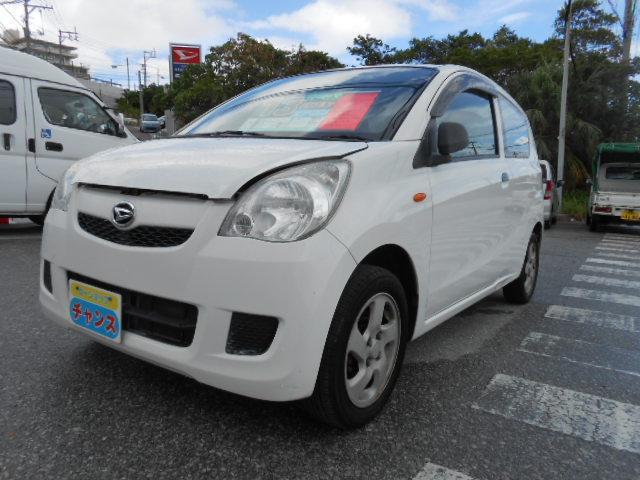 沖縄の中古車 ダイハツ ミラ 車両価格 13万円 リ済込 2012(平成24)年 13.0万km ホワイト