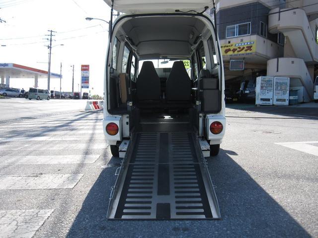 沖縄県浦添市の中古車ならクリッパーバン  福祉車両スローパー