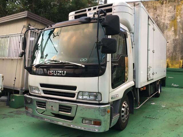 沖縄の中古車 いすゞ フォワード 車両価格 180万円 リ済込 2006(平成18)年 82.7万km ホワイト