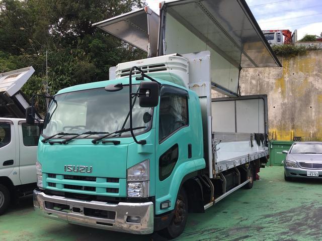 沖縄の中古車 いすゞ フォワード 車両価格 270万円 リ済込 2009(平成21)年 96.9万km グリーン