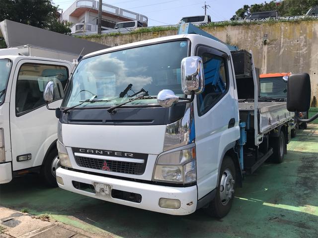 沖縄の中古車 三菱ふそう キャンター 車両価格 249万円 リ済込 2004(平成16)年 22.9万km ホワイト