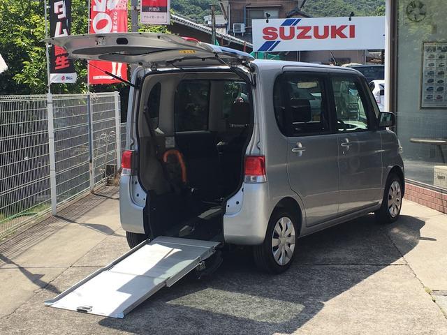 ダイハツ 福祉車両 4人乗り エアコン CD CVT