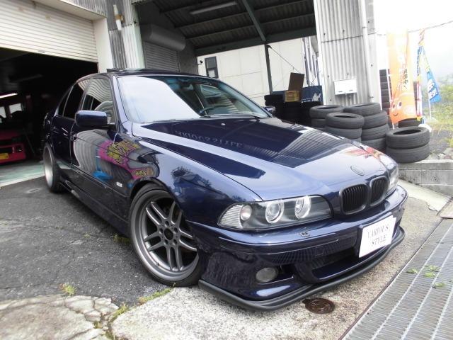 BMW 528iハイライン Mスポ風 左ハンドル ローダウン 車高調
