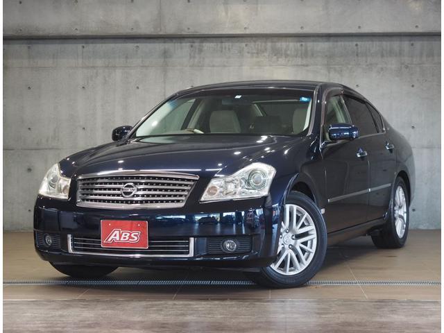 沖縄の中古車 日産 フーガ 車両価格 49万円 リ済別 2005(平成17)年 8.4万km スーパーブラック