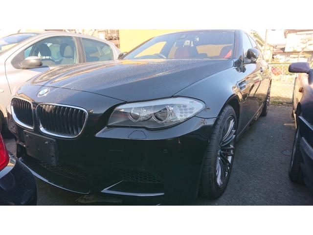 BMW M5 M5(5名)