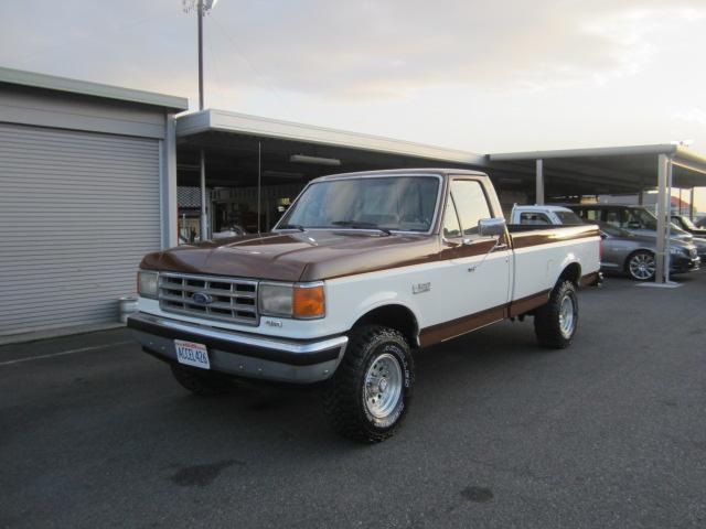フォード XLT LARIAT 全塗装済 4WD リフトUP 15AW ベッドライナー ヒッチ Rスライド窓 ベンチシート 長さ550cm 買取車