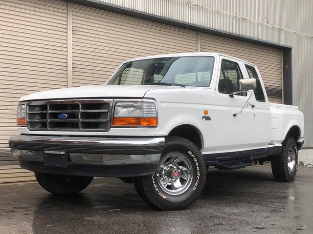 フォード XLT エクステンドキャブ 4WD 新車並行 実走行