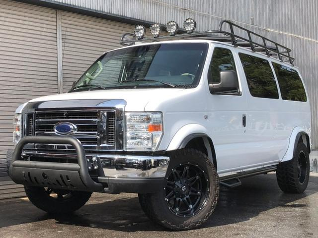フォード XLT OUTDOOR-pkg リフトアップ フラットシート