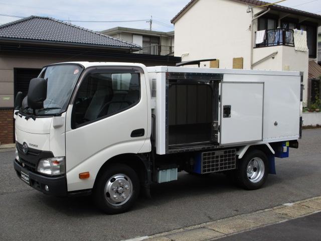 トヨタ 中温冷蔵冷凍車 スタンバイ 5t免許 293x156x104