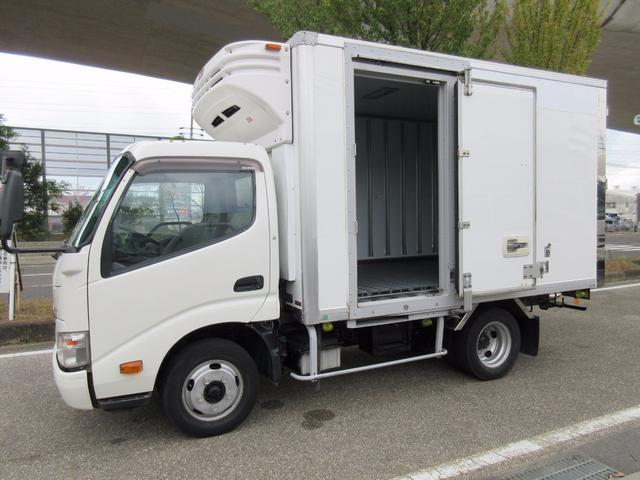 日野 低温冷蔵冷凍車 2t 5t免許 308x172x178