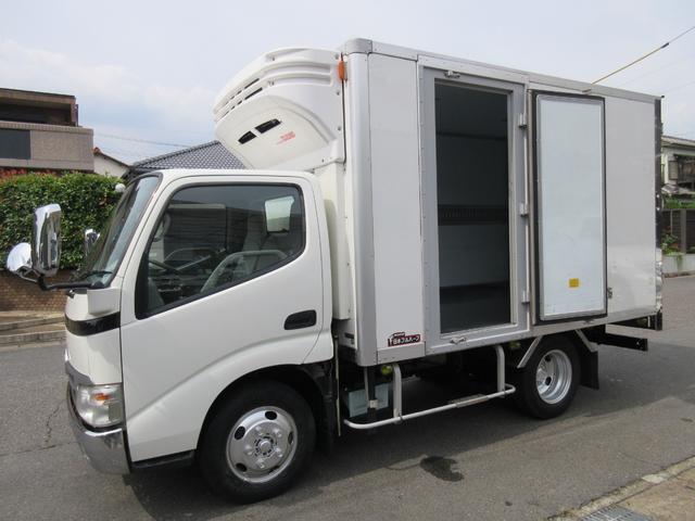 トヨタ 低温冷蔵冷凍車 2t サイドドア 314x172x183