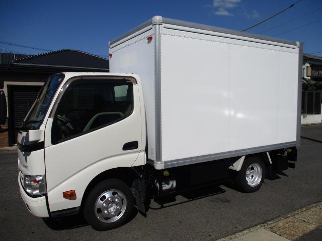 トヨタ  アルミバン AT 5t免許 1.35t積載 内寸310x167x185 3Lターボ AT 上下開き カメラ LDF-KDY231 車両総重量3885キロ