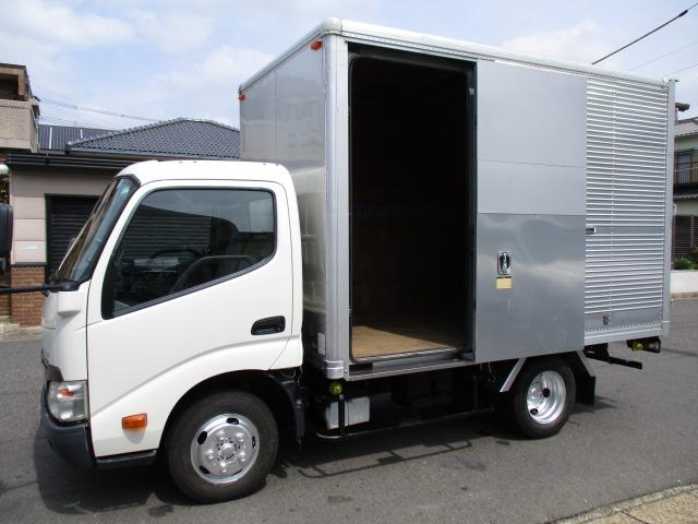 ダイナトラック  アルミバン AT 5t免許 内寸318x179x205 2トン積載 スライドドア 4Lターボ AT SKG-XZC605 最大積載量2000キロ 車両総重量4765キロ