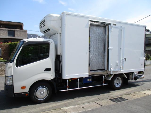 デュトロ  低温冷蔵冷凍車 格納パワーゲート スタンバイ AT 2t積 内寸425x188x203 東プレ-30℃設定 4Lターボ AT TKG-XZU710M 最大積載量2000キロ 車両総重量6205キロ