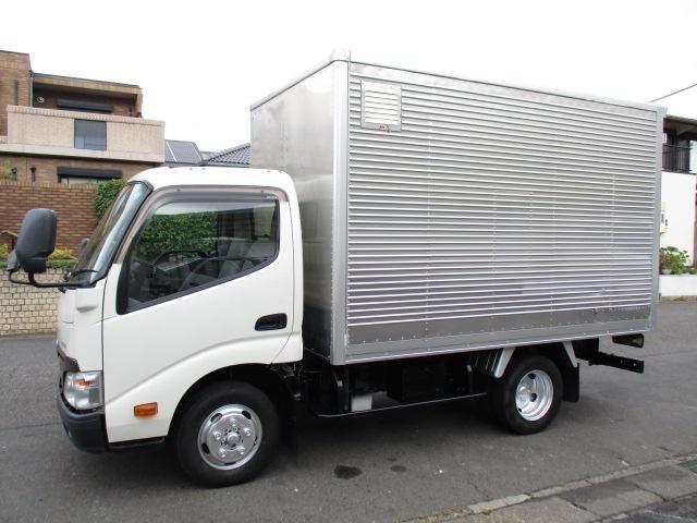 トヨタ  アルミバン ガソリン 5速 5t免許 内寸319x178x194 2トン積載 2.7Lノンターボ ABG-TRC600 最大積載量2000キロ 車両総重量4605キロ