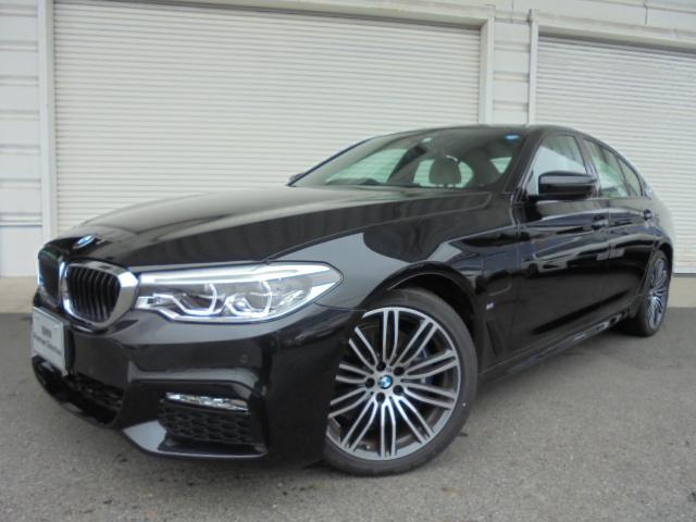 BMW 530e MスポーツPHEVアイボリー革19AW認定中古車