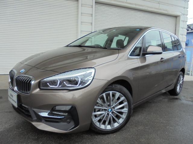 BMW 218dグランツアラーラグジュアリー黒革デモカー認定中古車