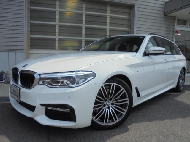 BMW 523dツーリングMスポーツハイライン黒革デモカー認定中古車