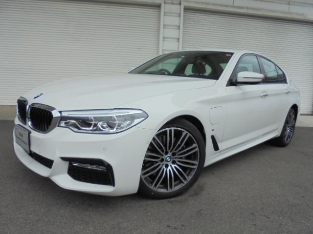 BMW 530e Mスポーツ黒革イノベーションPデモカー認定中古車
