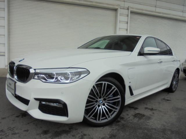 BMW 530e Mスポーツ19AW黒革ガラスSR1オナ認定中古車