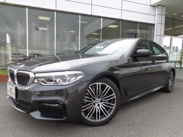BMW 530i Mスポーツ19AW黒革デモカー認定中古車
