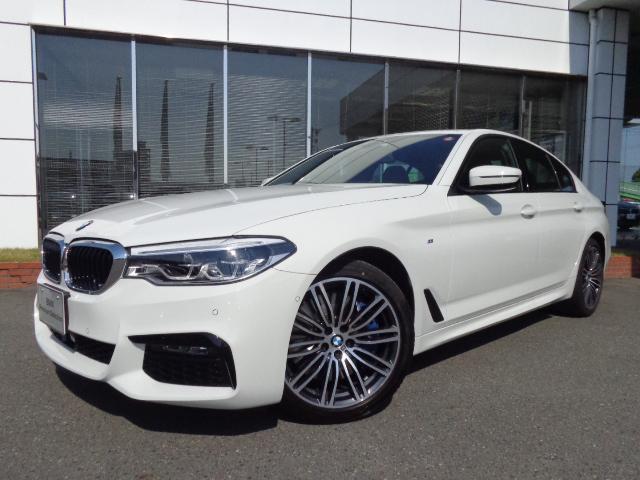 BMW 540i xドライブMスポーツセレクトP黒革SR認定中古車