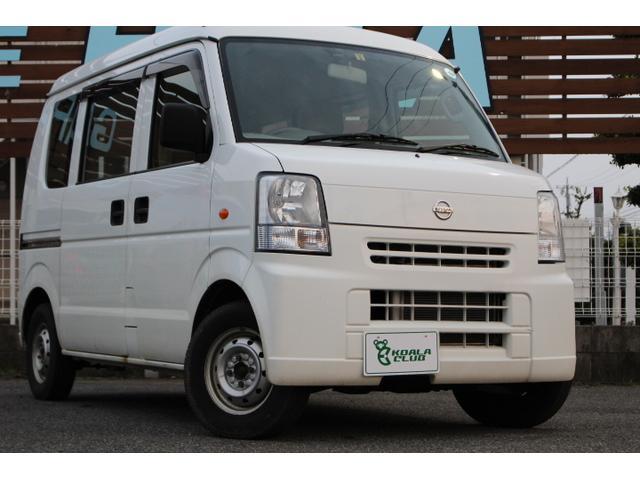日産 DX 4WD オートマ パワステ エアコン 純正ラジオ