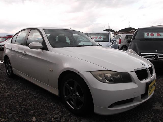 BMW 320i ワンオーナー キーレス HDDナビ HID